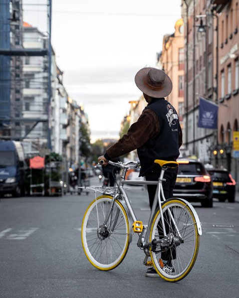 nespresso bicycle image eco balance lifestyle
